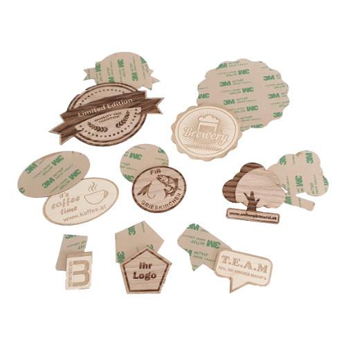 Umweltfreundliche Holzsticker mit eingraviertem Motiv
